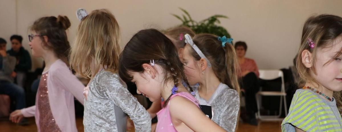 Kindertanz für alle Altersklassen in der taktiv Tanzschule in Thun